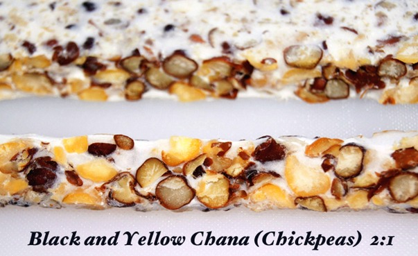 Black and yellow Chana (Chickpeas)